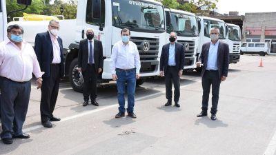Entrega de 15 camiones hidrantes a Recursos Hídricos