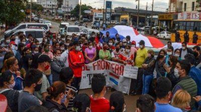 Reapertura del puente: otro día de protesta de los comerciantes de la frontera