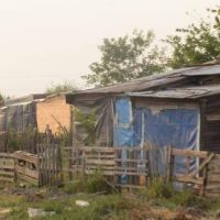 Valdés promulgó leyes de expropiación para mejora habitacional