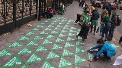 Aborto legal: redoblan presión sobre Alberto Fernández para que mande el proyecto