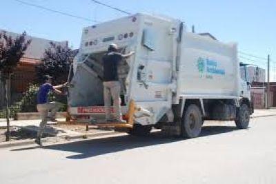 Gay quiere privatizar la recolección de residuos y hay un fuerte rechazo de la oposición