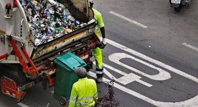 ¿Es real el porcentaje de plástico reciclado en España? Greenpeace asegura que Ecoembes miente