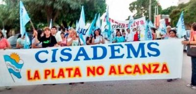 """CISADEMS denunció que """"los maestros santiagueños tienen el peor sueldo del país"""""""