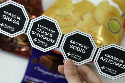 Etiquetado frontal de alimentos: pese al rechazo de Tucumán, avanza el proyecto en el Senado