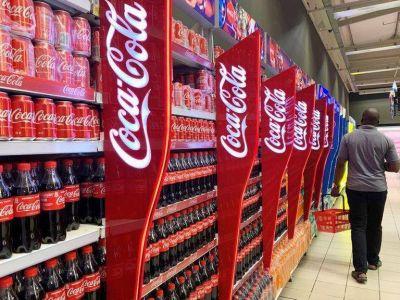 Resultados de Coca-Cola superan estimaciones por mejores ventas tras mínimos por pandemia