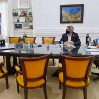 Agroindustria: Kicillof busca promover el desarrollo del movimiento cooperativo