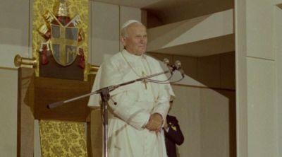 Arzobispo polaco destaca las claves del pontificado de San Juan Pablo II