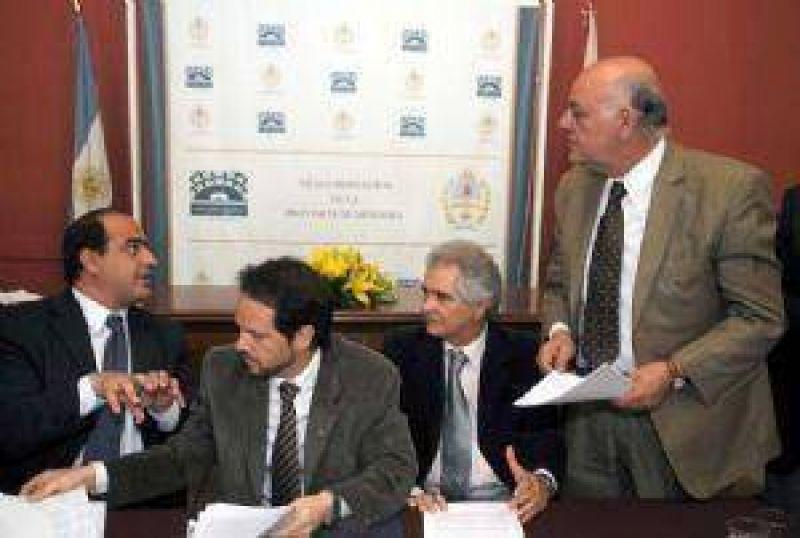 Acuerdo del PJ y el Frente Cívico para flexibilizar la reforma constitucional