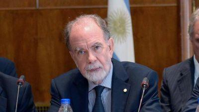 Banco Nación: Acusan a la gestión de González Fraga de otorgar retiros millonarios a ex funcionarios