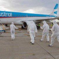 El primer vuelo a Comodoro llegará en la tarde del lunes