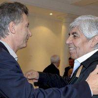¿Qué dice el libro del hermano de Macri sobre Hugo Moyano?
