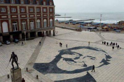Se recalienta la polémica: picantes cruces entre oficialismo y oposición por el homenaje a Kirchner en la Rambla