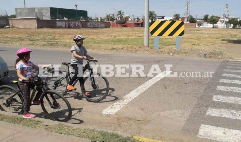 """Alumnos del Colegio Cristiano de Frías proponen """"pedalear seguro"""" en pandemia"""