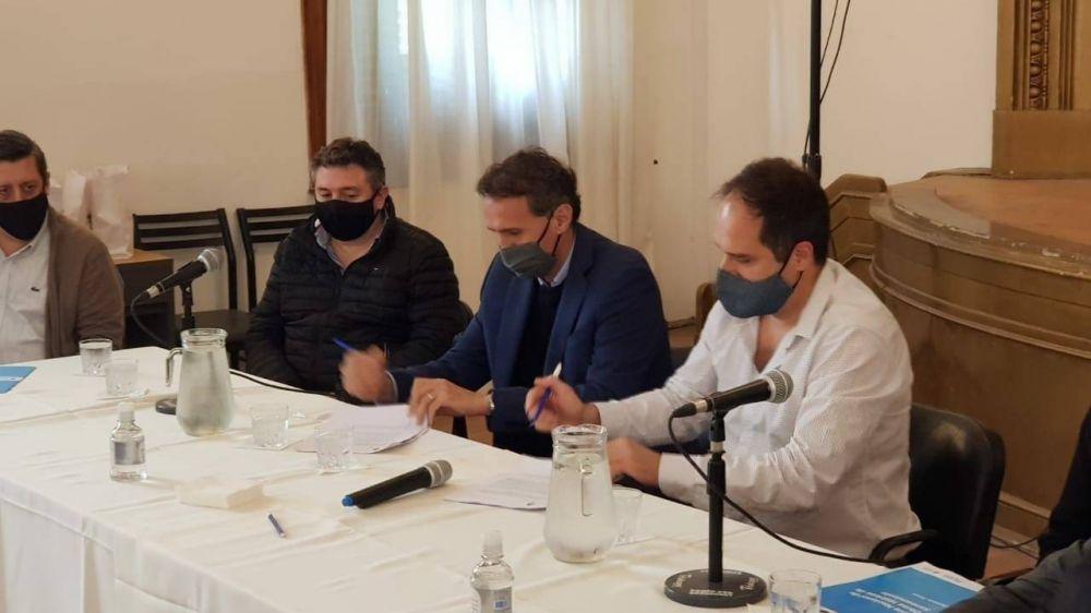 Maggioti firmó convenios con los ministros Katopodis y Simone