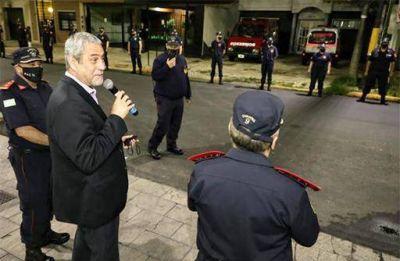 Ferraresi inauguró obras y presentó dos nuevas autobombas en los Bomberos Voluntarios de Domínico-Wilde