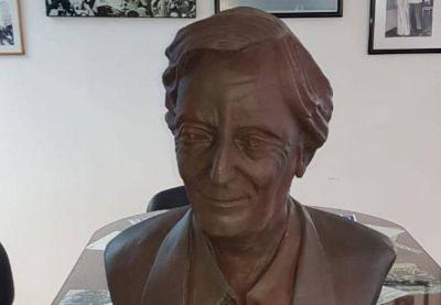 A 10 años de su fallecimiento, Néstor Kirchner tendrá un busto en la sede de la CGT
