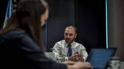 Economistas dudan que Guzmán consiga su meta de llegar a marzo sin devaluar
