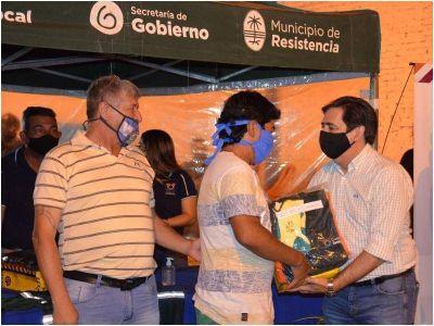 El intendente Martínez entregó indumentaria a trabajadores de Limpieza y Recolección