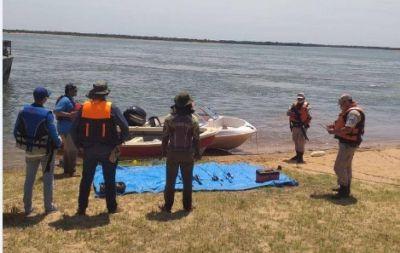 Corrientes: Prefectura custodia el Río Paraná para proteger los recursos naturales