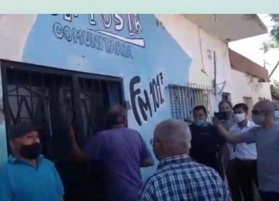 """Vecinos de Pergamino recuperaron un edificio """"usurpado"""" por un diputado del Frente de Todos"""