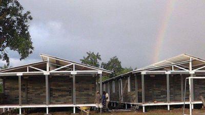 Así funcionan las casas construidas con ladrillos de plástico reciclado en ColombiaLa iniciativa ha permitido que más de mil familias de escasos recursos puedan tener un techo.