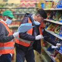 Además de los aumentos de precios en los alimentos, los almaceneros enfrentan caídas en las ventas