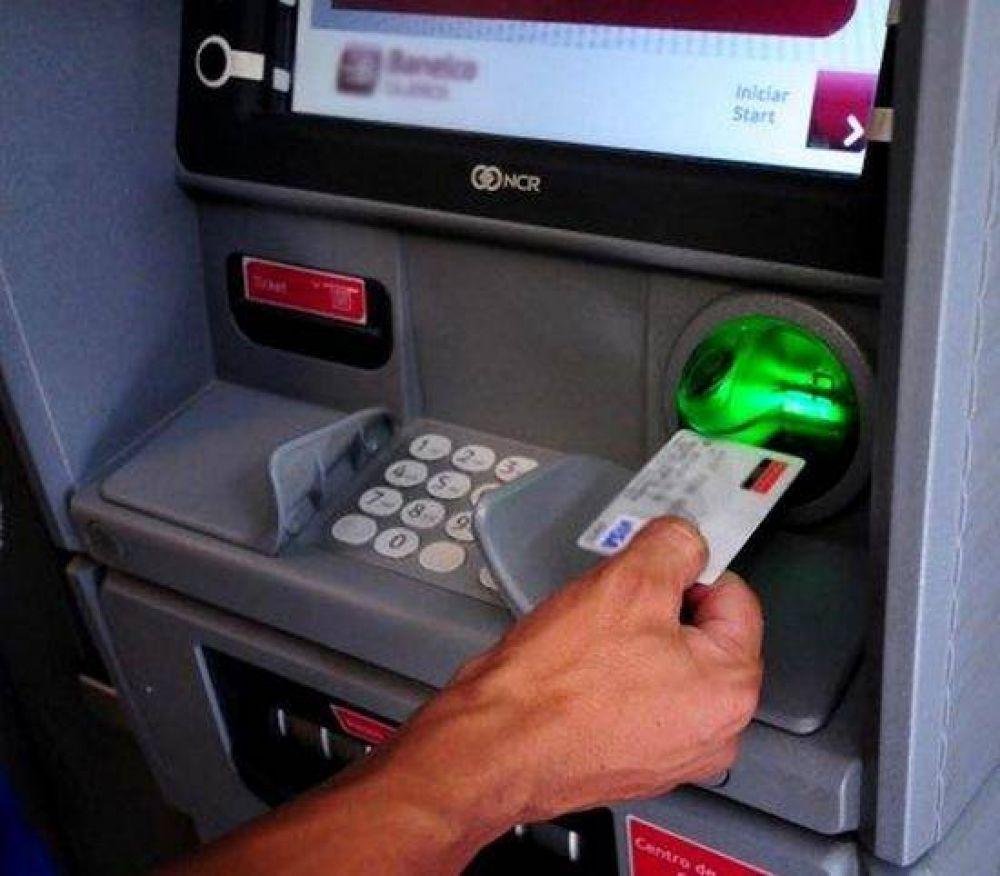 El viernes 30, los empleados públicos provinciales cobrarán sus sueldos