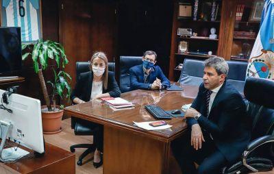 La embajadora de Francia, interesada en el Acuerdo San Juan