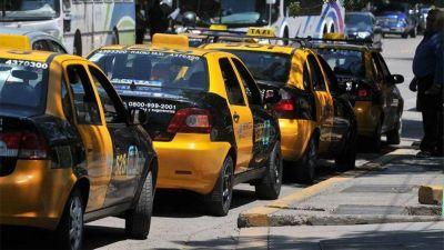 Dueños de taxis pidieron un aumento del 60%