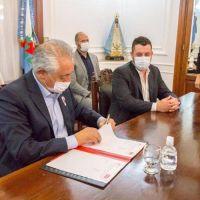Salud firmó un convenio con el Instituto de Servicios Ambientales