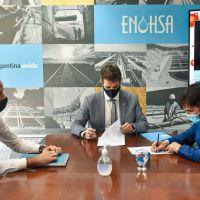 Echarren firmó un convenio con el Enhosa para construir una planta depuradora