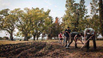 """Qué es el """"Proyecto Artigas"""", la iniciativa de Juan Grabois que capturó la atención del Presidente"""