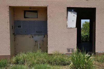 El gobierno deja abandonadas 1.339 viviendas, parece no importarle el déficit habitacional