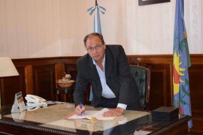 La Directora General de Cultura y Educación de la Provincia le informó al Intendente Ramón José Capra que no se retornará a las aulas la próxima semana