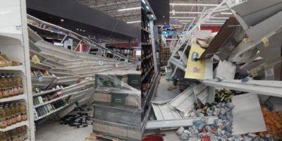 Se desplomó una góndola en un Coto de ubicado en un shopping