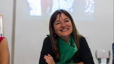 """Para Estela Díaz, la deuda social de vivienda y trabajo tiene un impacto """"especial"""" sobre las mujeres"""
