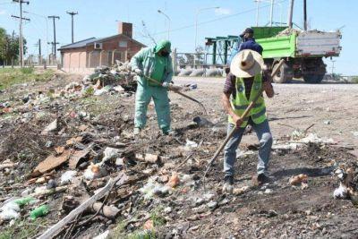 Resistencia ejecutó limpieza y erradicó minibasurales en laguna de Villa Prosperidad