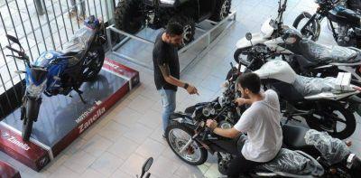 Octubre marcó un nuevo salto en la venta de motos y autos 0 KM en el Chaco
