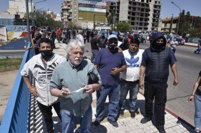 Córdoba en crisis: nueva marcha de Suoem, con Rubén Daniele a la cabeza