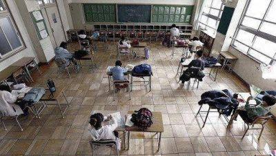 Kicillof cuestionó al macrismo por pedir clases presenciales en las escuelas