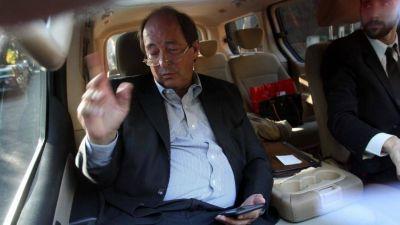 Sanz apoya el acuerdo que propone Cristina y pide negociar la ley del Procurador