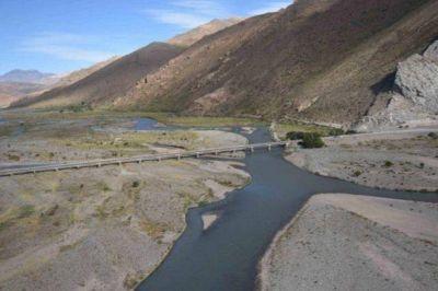 Por qué vuelven a reclamar por el abandonado trasvase del río Atuel