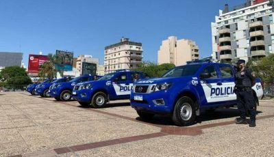 Equipan a la Policía de Córdoba: nuevos vehículos, cascos y cámaras de vigilancia