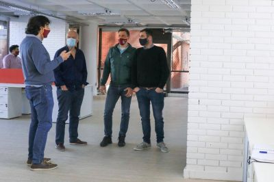 Grindetti visitó las obras del futuro Centro de Innovación Tecnológica