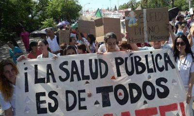En medio de la crisis sanitaria, denuncian despidos y suspensiones de personal de salud en Córdoba