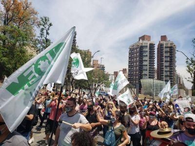 El Suoem volvió a protestar en forma violenta y la Municipalidad anuncia severas sanciones