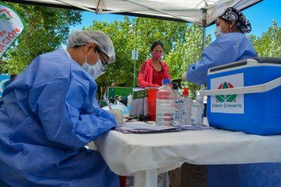Nación desplegó vacunadores móviles para completar el calendario en Esteban Echeverría