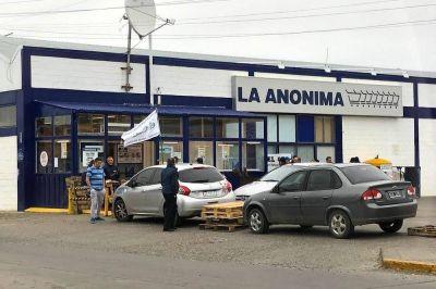 Empleados de La Anónima de Río Grande no aceptan el congelamiento de paritarias