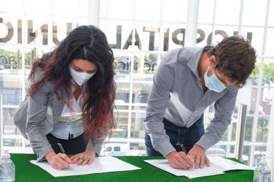 Juan Andreotti firmó un convenio con PAMI para ampliar la oferta de prestaciones en el Hospital Municipal