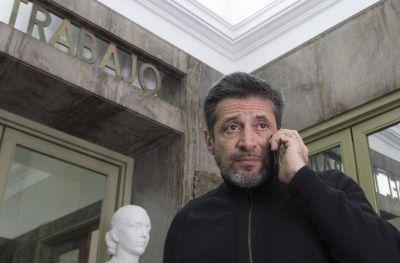 Periodistas acusan a Santa María de pagar salarios por debajo del Salario Mínimo Vital y Móvil
